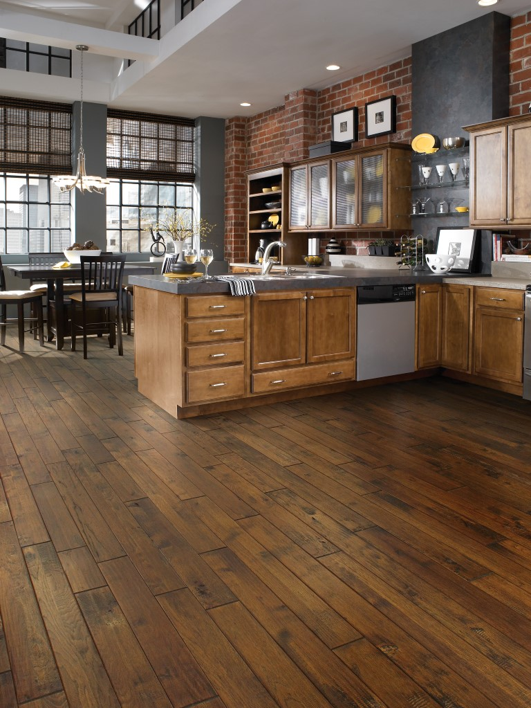 HARDWOOD - Gold Rush Walnut 940 Klondike Walnut