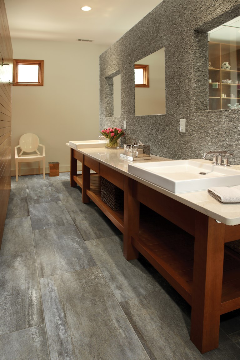 RESIDENTIAL VINYL - Resort 701 Walnut