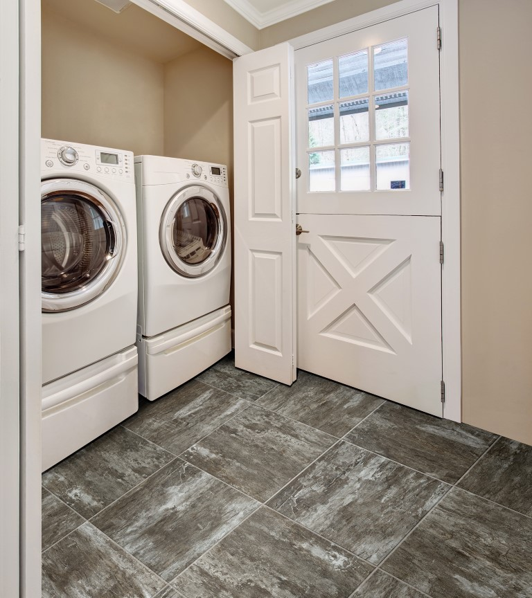 Vinyl flooring laundry room