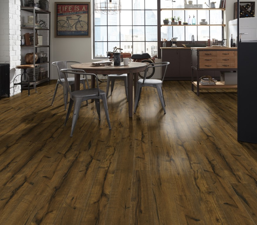 Wood vinyl plank flooring in Chicago, IL